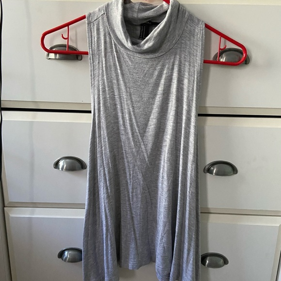 Forever 21 Tops - gray turtle neck tank